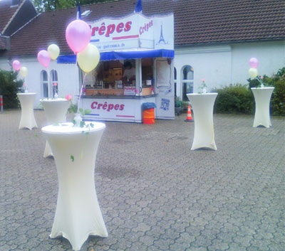 Crepes-Stand beim Sektempfang